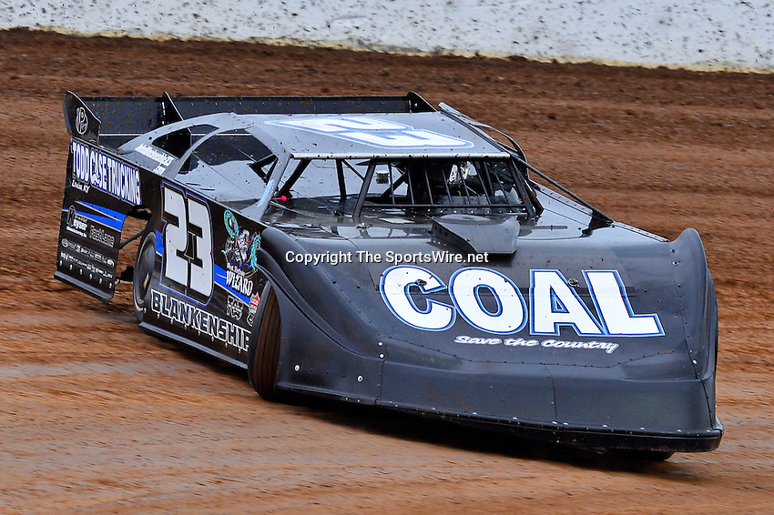 May 22, 2014; 6:05:32 PM; Wheatland, Mo., USA; The  Lucas Oil Late Model Dirt Series running the 22nd Annual Lucas Oil Show-Me 100 Presented by ProtectTheHarvest.com.  Mandatory Credit: (thesportswire.net)