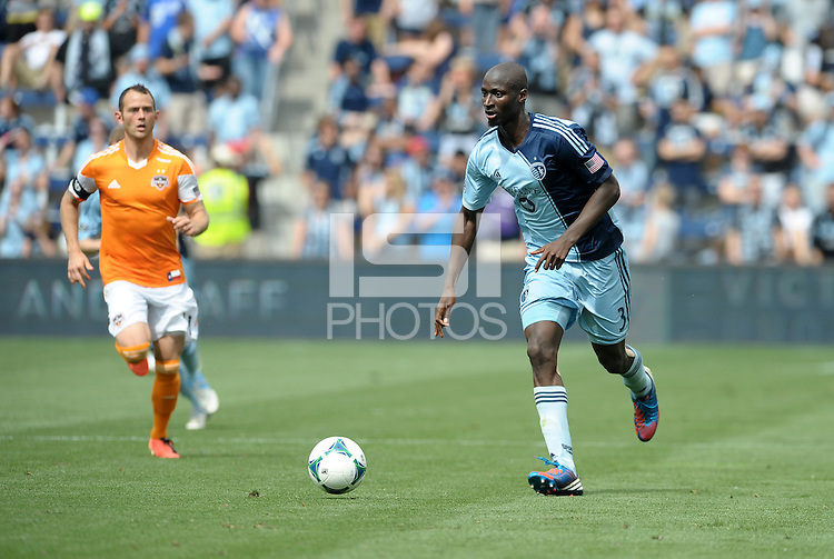 Ike Opara (3) defender Sporting KC in action..Sporting Kansas City and Houston Dynamo played to a 1-1 tie at Sporting Park, Kansas City, Kansas.