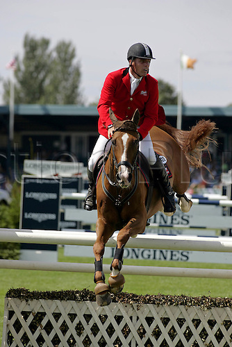 29 July 2006: German rider Rene Tebbel (GER) rides FARINA in The Longines Classic during The Longines Royal International Horse Show, Hickstead England. Photo: Glyn Kirk/Actionplus....060729 man men male showjump showjumping