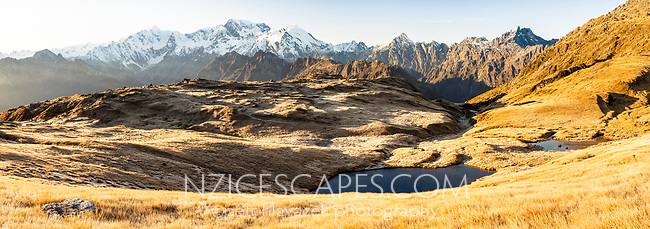 Sunrise over Southern Alps with main highest peaks Aoraki Mount Cook, Mount Tasman and La Perouse, Westland Tai Poutini National Park, UNESCO World Heritage Area, West Coast, New Zealand, NZ