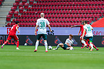 Danny Latza (FSV Mainz 05 #06), Davy Klaassen (Werder Bremen #30), Joshua Sargent (Werder Bremen #19) am Boden, Maximilian Eggestein (Werder Bremen #35)<br /> <br /> <br /> Sport: nphgm001: Fussball: 1. Bundesliga: Saison 19/20: 33. Spieltag: 1. FSV Mainz 05 vs SV Werder Bremen 20.06.2020<br /> <br /> Foto: gumzmedia/nordphoto/POOL <br /> <br /> DFL regulations prohibit any use of photographs as image sequences and/or quasi-video.<br /> EDITORIAL USE ONLY<br /> National and international News-Agencies OUT.