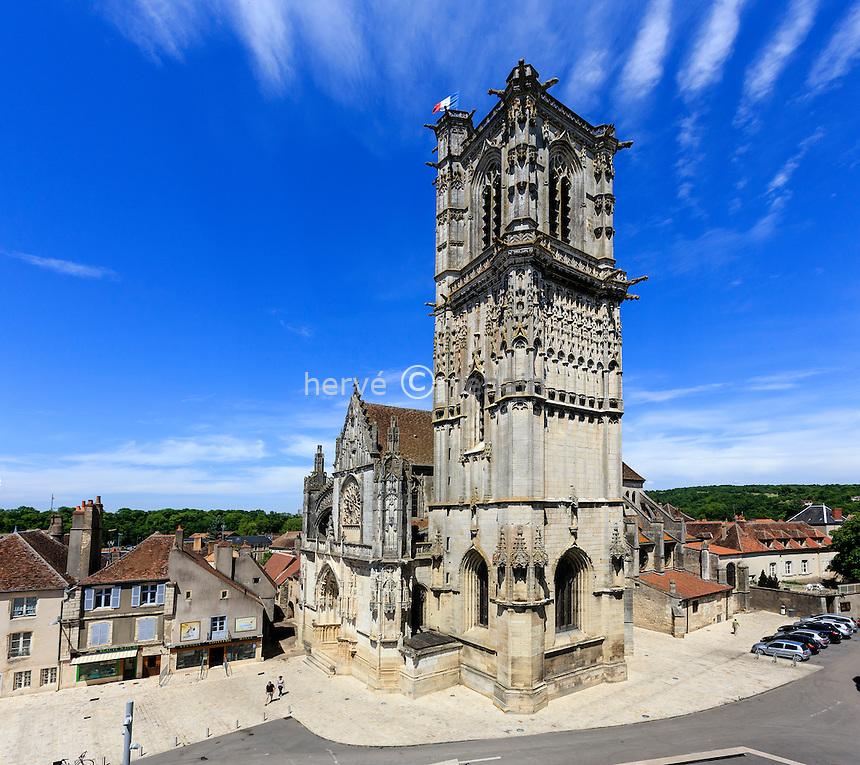France, Nièvre (58), Clamecy, l'ancienne collégiale Saint-Martin // France, Nievre, Clamecy,  Saint Martin church