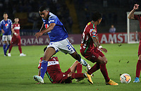 BOGOTÁ - COLOMBIA, 06-02-2020: Omar bertel de Millonarios  disputa el balón con Kevin  Romay de Always Ready  durante partido entre Millonarios de Colombia y Always Ready  de Bolivia por la primera fase, ida, de la Copa CONMEBOL Sudamericana 2020 jugado en el estadio Nemesio Camacho El Campín  de la ciudad de Bogotá. /Omar bertel of Millonarios  vies for the ball with Kevin  Romay of Aways Ready  during match between Millonarios  of Colombia and Always Ready  of Bolivia for the first phase as part of Copa CONMEBOL Sudamericana 2020 played at Nemesio Camacho El Campin stadium of Bogota city. Photo: VizzorImage / Felipe Caicedo / Staff