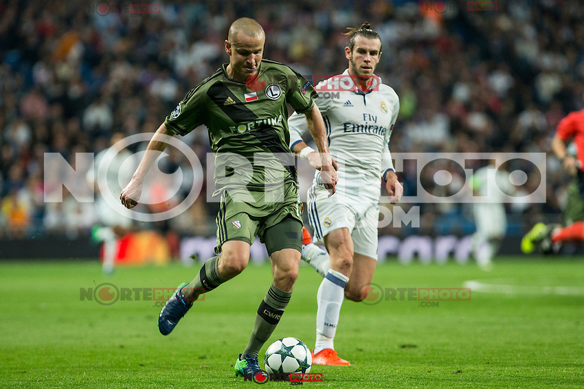 during the match of UEFA Champions League group stage between Real Madrid and Legia de Varsovia at Santiago Bernabeu Stadium in Madrid, Spain. October 18, 2016. (ALTERPHOTOS/Rodrigo Jimenez) /NORTEPHOTO.COM