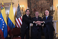 BOGOTÁ – COLOMBIA, 24-02-2019: Juan Guaido, presidente Interino de Venezuela, Ivan Duque, presidente de Colombia, y Mike pence, vicepresidente de Estados Unidos durante la 11ª Reunión de Ministros de Relaciones expteriores del Grupo de Lima en Bogotá, Colombia. El grupo de 14 miembros de Lima, que incluye a la mayoría de los latinoamericanos. Es la primera reunión en la que Venezuela participará como miembro del grupo de Lima, representado por el presidente interino Juan Guaido. / Juan Guaido, president interim of Venezuela, Ivan Duque, president of Colombia, and Mike Pence, vice president of United States, during the 11th Lima Group Foreign Ministers meeting in Bogota, Colombia. The 14-member Lima Group, which includes most Latin American countries. It is first meeting in which Venezuela will participate as a member of the Lima group, represented by the president interim Juan Guaido. Photo: VizzorImage / Nicolas Galeano / Prensa Presidencia Colombia / Cont