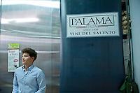 "Cantine Aperte 2012 - 20ima edizione - 27 maggio 2012 - Cantina ""Palamà"" - Cutrofiano."