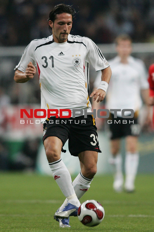 Qualifikation EM 2007 Gruppe: D - Deutschland (GER) vs. Tschechien (CZ). <br /> <br /> Einzelsituation Kevin Kuranyi (Deutschland #31).<br /> <br /> <br /> Foto &copy; nph (  nordphoto  )<br /> <br /> <br /> <br />  *** Local Caption ***