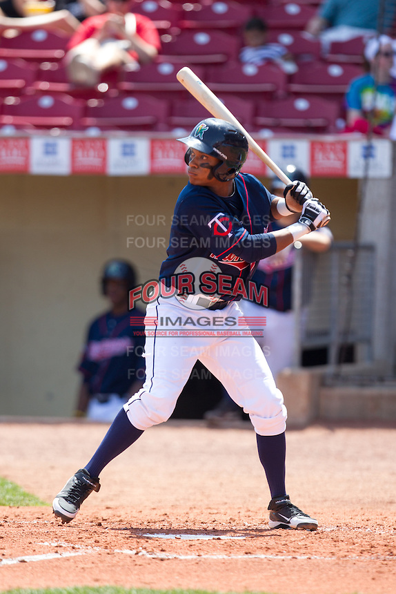 Cedar Rapids Kernels shortstop Jorge Polanco #5 bats during a game against the Lansing Lugnuts at Veterans Memorial Stadium on April 30, 2013 in Cedar Rapids, Iowa. (Brace Hemmelgarn/Four Seam Images)