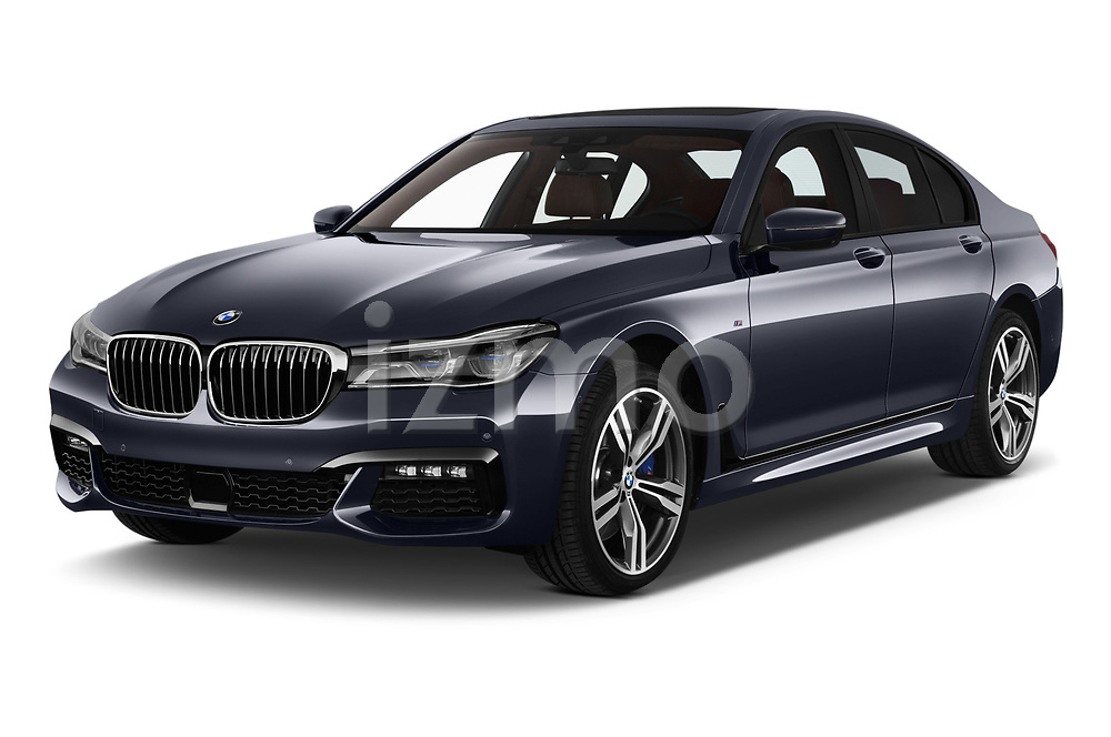 2018 BMW 7 Series M Sport 4 Door Sedan angular front stock photos of front three quarter view