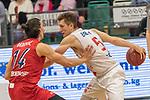 10.03.2019, RASTA Dome 2.0, VECHTA, GER, easycredit-bbl, RASTA Vechta vs  FC Bayern M&uuml;nchen, im Bild<br /> <br /> T.J. Bray (USA) (Rasta Vechta #05)<br /> Nihad Djedovic (Bayern Muenchen BBL #14)<br /> <br /> Foto &copy; nordphoto / Kokenge