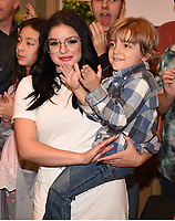 LOS ANGELES - NOVEMBER 15: Ariel Winter and Jeremy Maguire celebrate Modern Family's 200th episode at the Fox Studio Lot on November 15, 2017 in Los Angeles, California. The cake was created by The Butter End. (Photo by Frank Micelotta/Fox/PictureGroup)