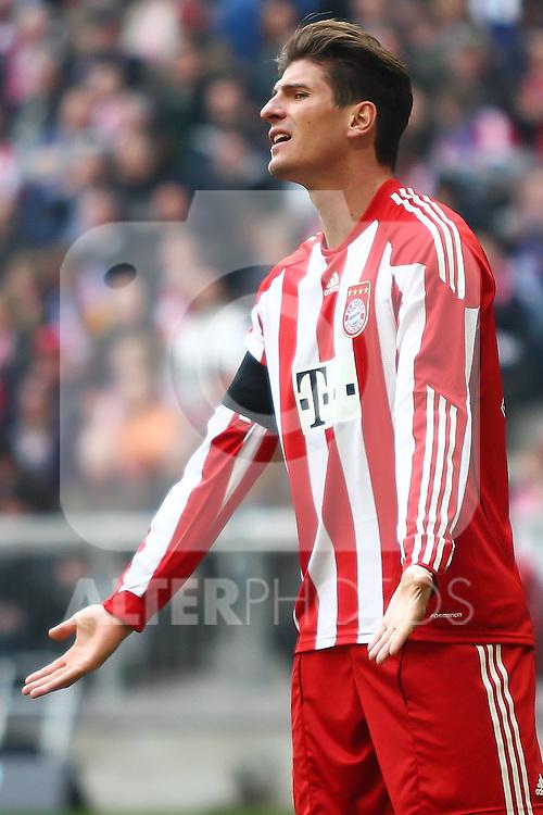 12.03.2011, Allianz Arena, Muenchen, GER, 1.FBL, FC Bayern Muenchen vs Hamburger SV, im Bild Miroslav Stepanek (HSV #33) . , Foto © nph / Straubmeier