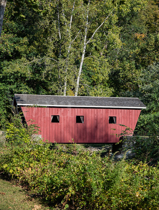 Small covered bridge, Kent Falls State Park, Kent, Connecticut, USA