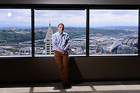 Matt McIlwain is a managing director at Madrona Venture Group, the leading venture firm in Seattle with over $1 billion in assets —many of the data-hungry tech variety. Their 34th-floor office overlooks the bustling waterfront and a downtown cityscape in flux. Photo by Seattle editorial photographer Daniel Berman/www.bermanphotos.com
