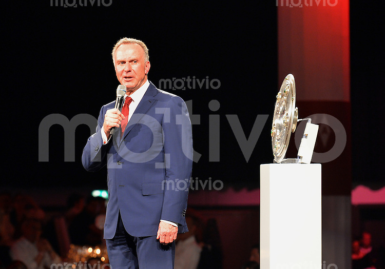 FUSSBALL   1. BUNDESLIGA   SAISON 2013/2014  34. SPIELTAG Deutscher Meister 14/15 FC Bayern Muenchen        10.05.2014 FC Bayern Bankett im Postpalast; Vorstandsvorsitzender Karl Heinz Rummenigge