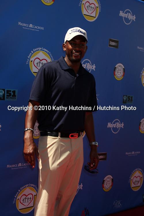 Bill Bellamy.arrives at  the George Lopez Golf Tournament .Lakeside Golf Club.Toluca Lake, CA.May 3, 2010.©2010 Kathy Hutchins / Hutchins Photo...