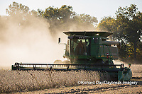 63801-07401 Soybean harvest with John Deere combine in Marion Co. IL