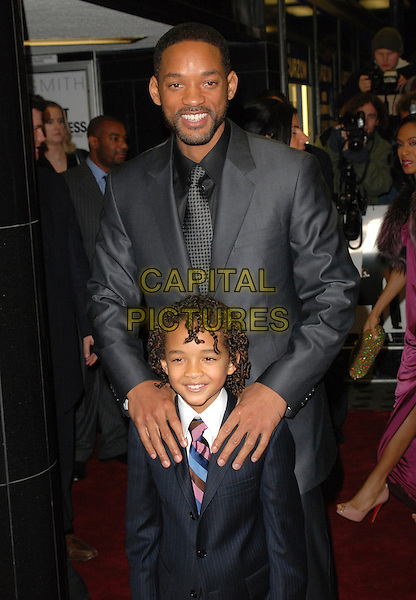 "WILL SMITH & JADEN CHRISTOPHER SYRE SMITH.Attends the UK Film Premiere of ""The Pursuit of Happyness"", Curzon  Mayfair Cinema, London, England, 8th January 2007..half length father dad son family.CAP/CAN.©Can Nguyen/Capital Pictures"