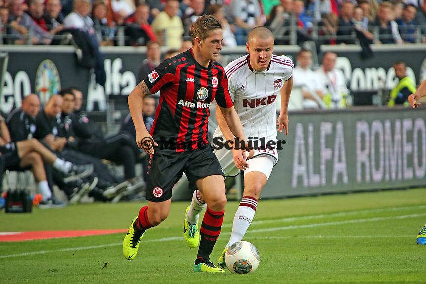 Bastian Oczipka (Eintracht) gegen Adam Hlousek (Nürnberg) - Eintracht Frankfurt vs. 1. FC Nuernberg,