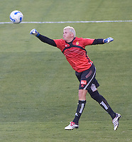 LA Galaxy GK Kevin Hartman. LA Galaxy defeated New York 1-0 during a MLS game at The Home Depot Center in Carson, California, Tuesday July 4, 2006.