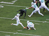 Field Goal kicker Jason Sanders (7) of the Miami Dolphins - 08.12.2019: New York Jets vs. Miami Dolphins, MetLife Stadium New York