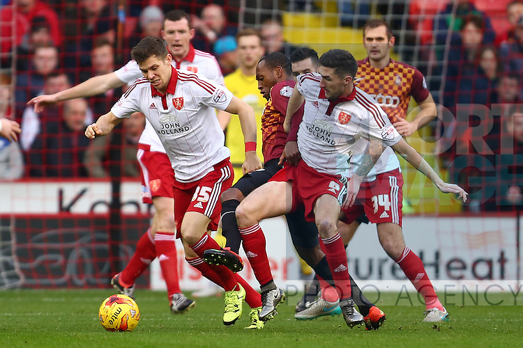 Dean Hammond and Sheffield United's Chris Basham combine in defence - Sheffield United vs Bradford City - Skybet League One - Bramall Lane - Sheffield - 28/12/2015 Pic Philip Oldham/SportImage