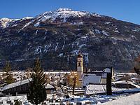 Mieminger Gebirge, Pfarrkirche von Tarrenz, Gurgltal Bezirk Imst, Tirol, &Ouml;sterreich, Europa<br /> Meininger Mountains, parish church of Tarrenz, district Imst, Tyrol, Austria, Europe
