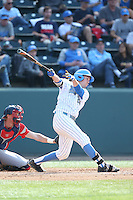 Chris Keck (25) of the UCLA Bruins bats during a game against the Arizona Wildcats at Jackie Robinson Stadium on May 16, 2015 in Los Angeles, California. UCLA defeated Arizona, 6-0. (Larry Goren/Four Seam Images)