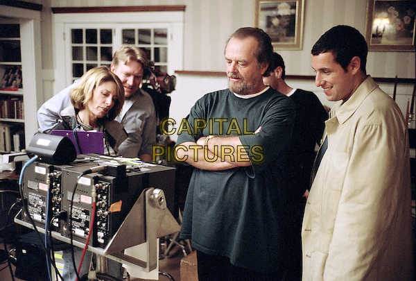 (l to r) Jack Nicholson and Adam Sandler view a scene replay on a monitor on the set of Revolution StudiosÍ comedy Anger Management, a Columbia Pictures release. .Filmstill - Editorial Use Only.Ref: FB.sales@capitalpictures.com.www.capitalpictures.com.Supplied by Capital Pictures.