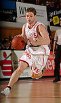 Basketball, BBL 2003/2004 , 1.Bundesliga Herren, Wuerzburg (Germany) X-Rays TSK Wuerzburg - GHP Bamberg (62:84) Igor Perovic (Wuerzburg) am Ball