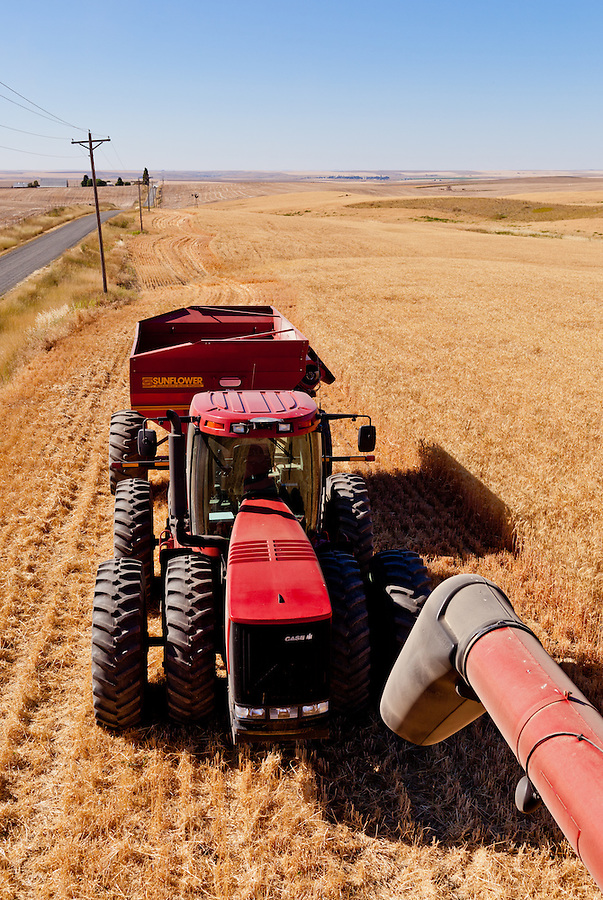 The top view of a Case 335 tractor and Sunflower grain trailer.