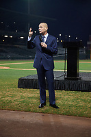 Rick Sofield gives a speech during the Baseball Factory All-America Pre-Season Tournament, powered by Under Armour, on January 12, 2018 at Sloan Park Complex in Mesa, Arizona.  (Mike Janes/Four Seam Images)
