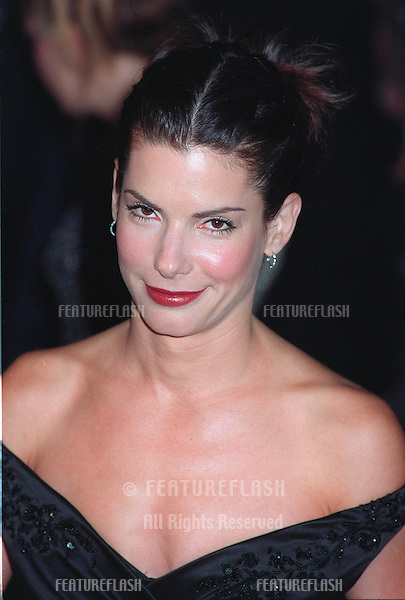 10JAN99:  Actress SANDRA BULLOCK at the 25th Annual People's Choice Awards in Pasadena, California. .She won for favorite movie actress..© Paul Smith / Featureflash