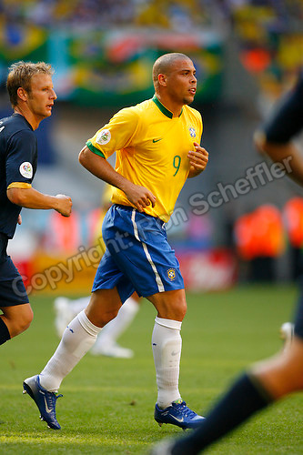 Jun 18, 2006; Munich, GERMANY; Brazil forward (9) Ronaldo plays against Australia in first round Group F action of the 2006 FIFA World Cup at FIFA World Cup Stadium Munich. Brazil defeated Australia 2-0. Mandatory Credit: Ron Scheffler-US PRESSWIRE Copyright © Ron Scheffler.