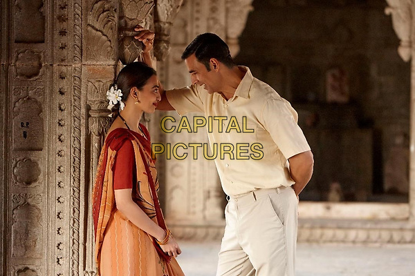 Padman (2018)<br /> Akshay Kumar and Sonam Kapoor <br /> *Filmstill - Editorial Use Only*<br /> CAP/KFS<br /> Image supplied by Capital Pictures