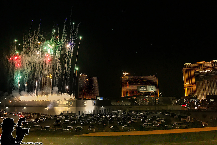 NV Senator Tick Segerblom Kicks Off Recreational Cannabis Sales in Las Vegas at Reef Dispensaries<br /> The Las Vegas Strip's Flagship Cannabis Facility Celebrates 'Day 1' of Recreational Marijuana Sales With Midnight Sale &amp; Firework Show