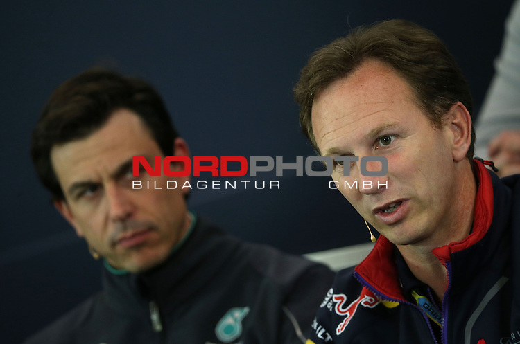 Christian Horner (GBR), Red Bull Racing, Sporting Director - Toto Wolff [AUT] Mercedes GP<br /> for the complete Middle East, Austria &amp; Germany Media usage only!<br />  Foto &copy; nph / Mathis