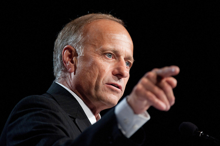 UNITED STATES – OCTOBER 7: Rep. Steve King, R-Iowa, speaks at the Family Research Council's Values Voter Summit in Washington on Friday, Oct. 7, 2011. (Photo By Bill Clark/CQ Roll Call)