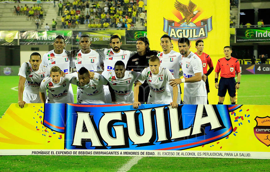BARRANCABERMEJA- COLOMBIA - 06 - 02 -2016: Los jugadores de Once Caldas, posan para una foto durante partido entre Alianza Petrolera y Once Caldas, por la fecha 2 por la Liga Aguila I 2016 en el estadio Daniel Villa Zapata en la ciudad de Barrancabermeja. / The players of Once Caldas, pose for a photo during a match between Alianza Petrolera and Once Caldas, for date 2 of the Liga Aguila I 2016 at the Daniel Villa Zapata stadium in Barrancabermeja city. Photo: VizzorImage  / Henry Duran / Cont.