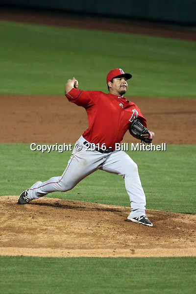 Eduardo Paredes - Los Angeles Angels 2016 spring training (Bill Mitchell)