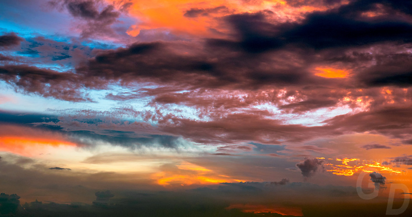 """Painted Sky"" cloud formation during the Monsoon Season, Philippines"