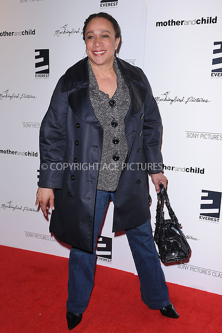 WWW.ACEPIXS.COM . . . . . ....April 26 2010, New York City....S. Epatha Merkson arriving at the premiere of 'Mother and Child' at the Paris Theatre on April 26, 2010 in New York City.....Please byline: KRISTIN CALLAHAN - ACEPIXS.COM.. . . . . . ..Ace Pictures, Inc:  ..(212) 243-8787 or (646) 679 0430..e-mail: picturedesk@acepixs.com..web: http://www.acepixs.com