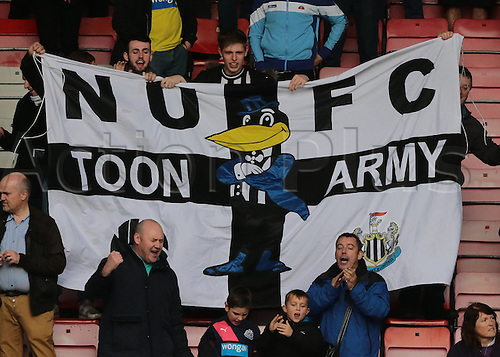 07.11.2015. Vitality Stadium, Bournemouth, England. Barclays Premier League. Jubilant Newcastle fans at full time celebrate their unliekly win