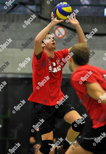 2010-09-09 / Volleybal / Seizoen 2010-2011 / Precura Antwerpen / Kristof Proost..Foto: Mpics
