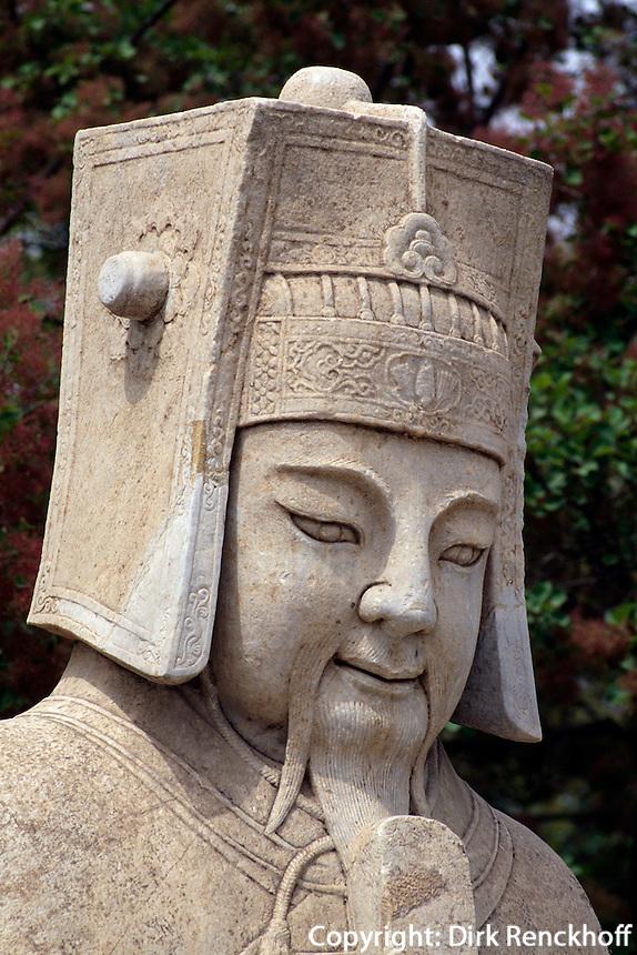 Zivilmandarin auf der Geisterallee, Minggräber, Peking (Beijing), China, Unesco-Weltkulturerbe