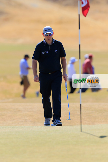 Stephen GALLACHER (SCO) on the 5th green during Friday's Round 2 of the 2015 U.S. Open 115th National Championship held at Chambers Bay, Seattle, Washington, USA. 6/19/2015.<br /> Picture: Golffile | Eoin Clarke<br /> <br /> <br /> <br /> <br /> All photo usage must carry mandatory copyright credit (&copy; Golffile | Eoin Clarke)