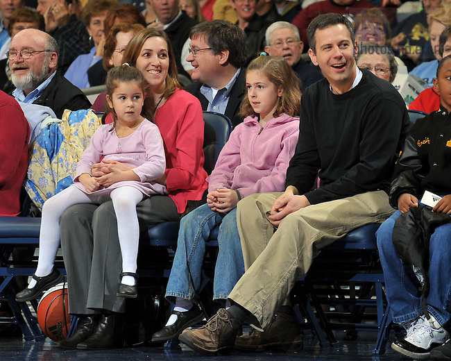 Tricia and A.J. Bellia & family at a Women's Basketball Game, Nov. 22, 2009...Photo by Matt Cashore/University of Notre Dame