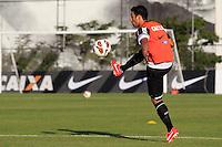 SAO PAULO, SP 16 DE JULHO 2013 - TREINO CORINTHIANS - O jogador do Corinthians Maldonado, treinou na tarde de hoje, 16, no Ct. Dr. Joaquim Grava, na zona leste de São Paulo. FOTO: PAULO FISCHER/BRAZIL PHOTO PRESS.