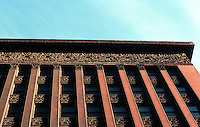 Louis Sullivan: Wainwright Bldg., St. Louis.  Photo '78.