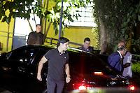 SAO PAULO, SP, 03.04.2015 - MORTE FILHO DO GOVERNADOR / SAO PAULO - Governador chega no IML central. O filho do governador de são paulo morreu na tarde desta quinta-feira,02, após sofrer acidente de helicóptero em Carapicuíba na grande São Paulo. (Foto: Fernando Neves/ Brazil Photo Press).